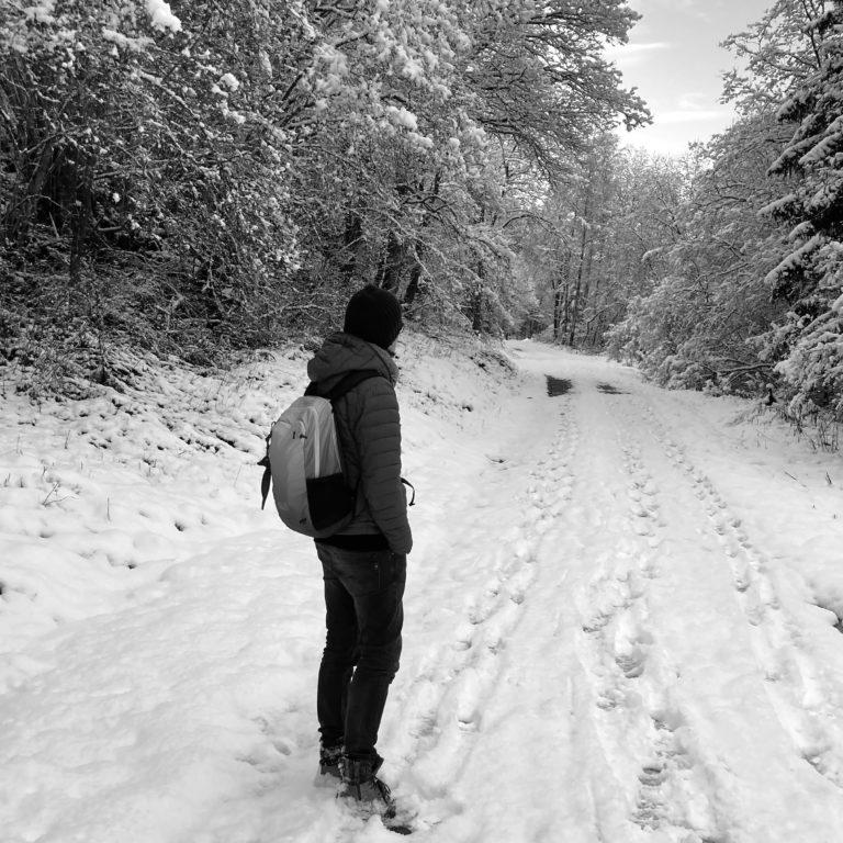 Mann_ im_Schnee
